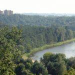 How does Vilnius keep its air so clean?