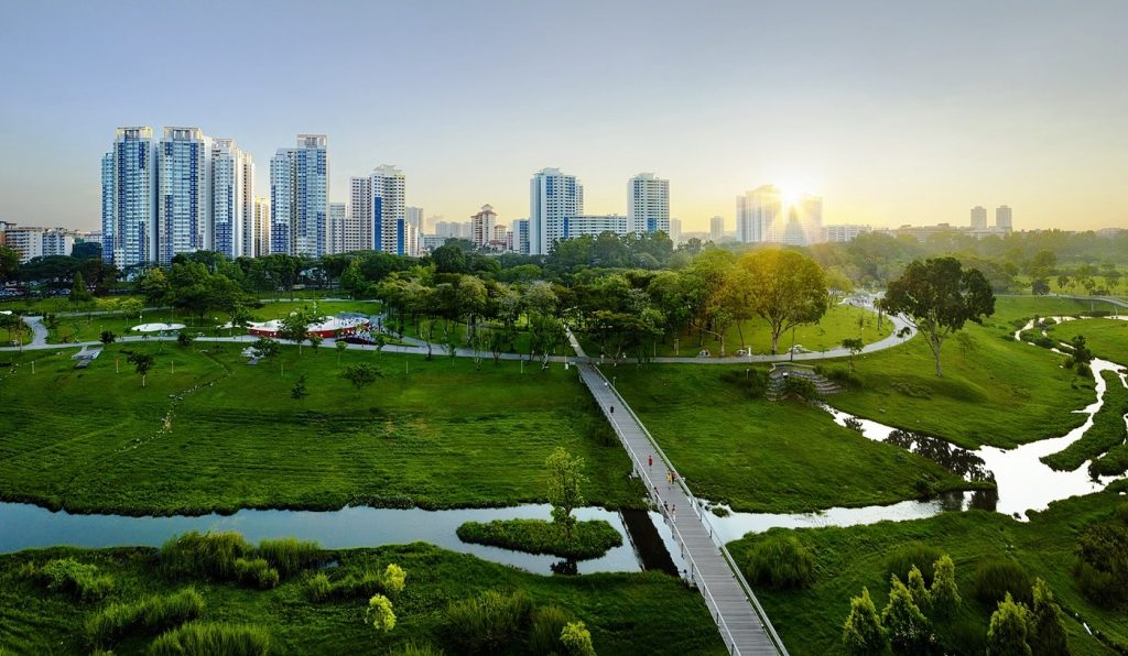 Sustainable cities: myths, realities and hopes